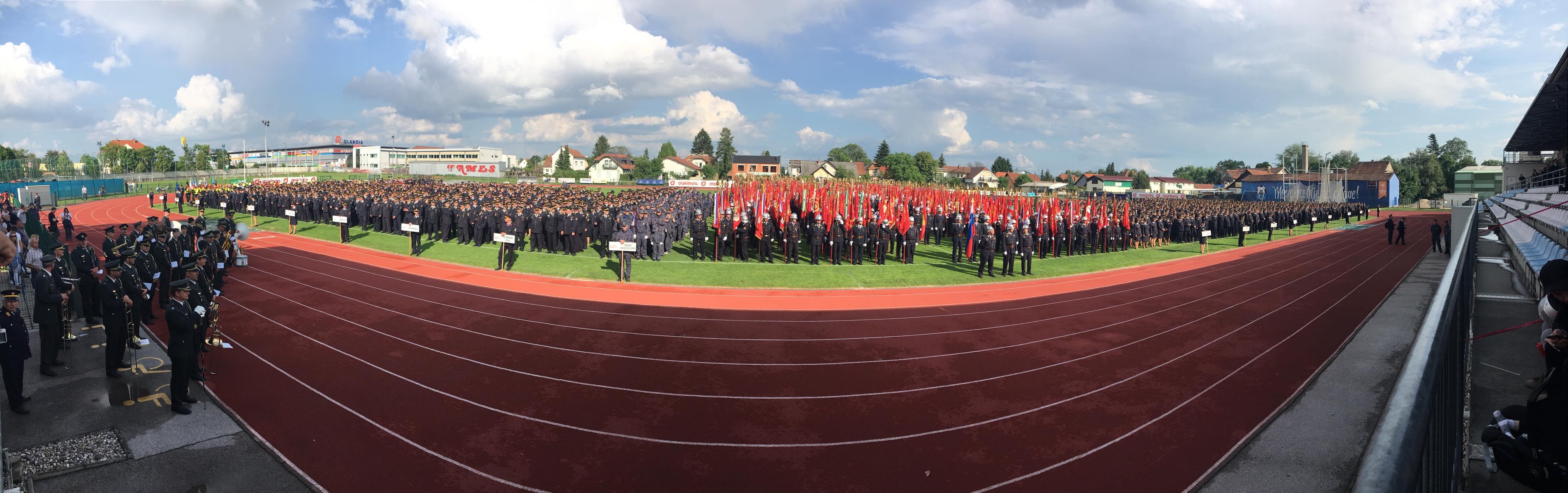 Velika gasilska parada v počastitev 17. kongresa Gasilske zveze Slovenije 2